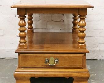 Vtg Ethan Allen End Table Maple Nutmeg Heirloom 10-8654