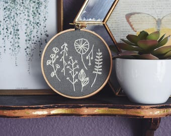 Botanic Hand Embroidered Hoop
