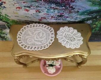 Dollhouse Miniature Sweet Ivory Cream Doilies