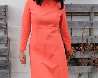 Gorgeous Creamsicle Shift Dress w/ Collar