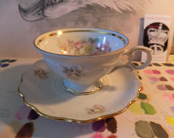 Bone China BRAIR ROSE teacup and saucer handpainted Bone China Tea cup saucer afternoon tea Bavaria GERMANY lovely pink gold roses sale
