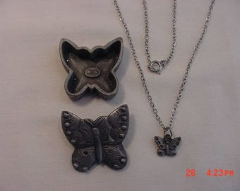 Vintage Butterfly Trinket Box Brooch & Necklace  18 - 432