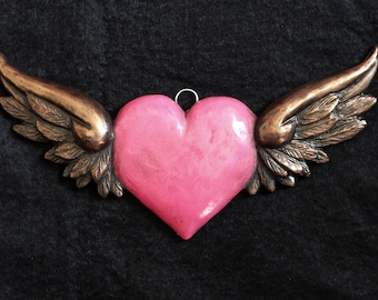 Flying Heart Wall Hanging in Vintage Pink & Bronze