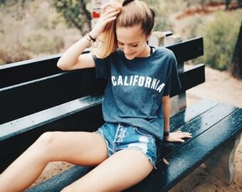 California tee in short sleeve tee heather navy blue
