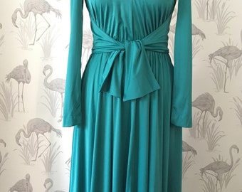 Stunning vintage 1960's Designer evening dress, Shannon Rodgers for Jerry Silverman, maxi dress length, retro style, pockets, green