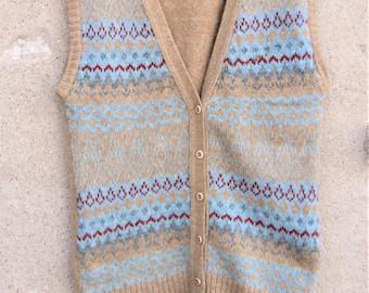 Vintage Scottish Vest-M, 1970's clothing, Shetland wool, winter items, warm clothes
