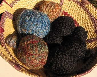 SALE: Destash Yarn - Lion Brand Homespun - Bulky Acrylic Boucle Yarn - 7.4 oz - Crafts Smalls - New - Mixed Colors - More Than 1 Skein Total