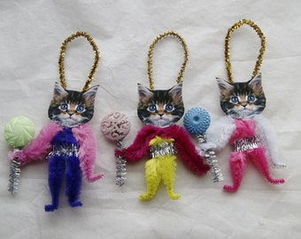 Chenille Ornaments, Easter Cats, Kittens, Vintage Style Primitive  (198)