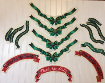 Set of 13 Vintage Christmas Sew-On Banner Appliques Green Ribbons Red