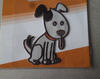 x 1 applique patch depicting a dog polyester 6.5 x 4.5 cm