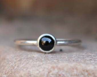 Natural Black Spinel Simple Ring - Sterling Silver Ring - Handmade Jewelry - Wedding Ring - Gift for Her