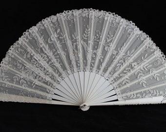 Stunning Victorian monogrammed lace fan, 19th century cream lace fan, wedding fan, collectors fan, steampunk fan, gothic fan, theartre prop