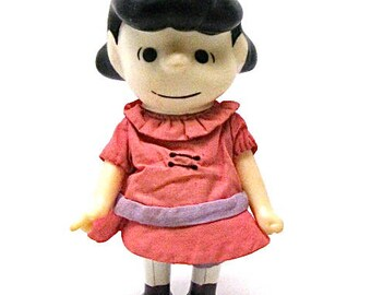 """Peanuts Lucy Doll, Charles Schulz, Charlie Brown, 1966 United Feature Syndicate, 7"""", Pocket Dolls, Vinyl Doll, Jointed, Posable"""