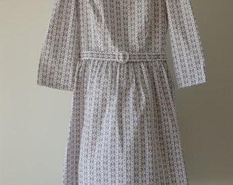 1950s-style dress