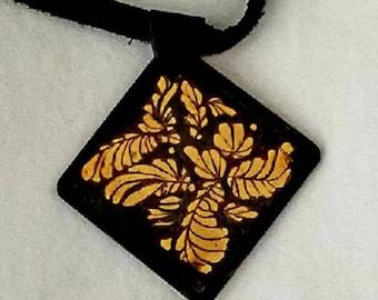 Keum boo Floral Pendant