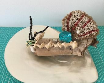 sea sponge, drift wood, coastal, statue