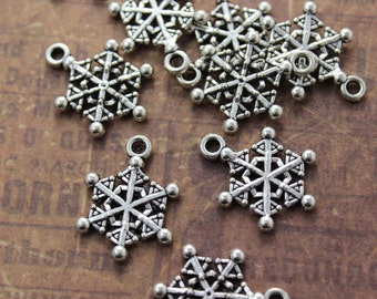 10 Snowflake Charms Snowflake Pendants Antiqued Silver Tone Double Sided 15 x 17 mm
