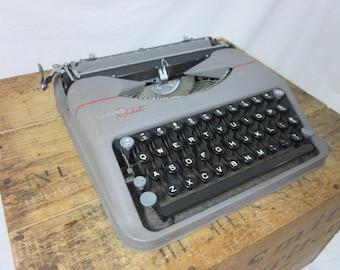Gorgeous Hermes Rocket Ultra-Sleek Working 1950s Typewriter & Case!