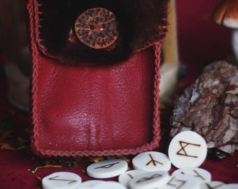 Horn Rune Set with Leather Purse - Vikings - Pagan - Reenactment -Divination