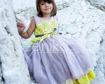 Wedding girl dress in purple powder color witch yellow color, flower girl dress collection of Joanna color purple powder and yellow
