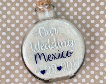 Destination Wedding Sand Holder Keepsake//Destination Wedding Keepsake//Destination Wedding Sand//Sand Holder//Bridal Gift//Bridal Shower