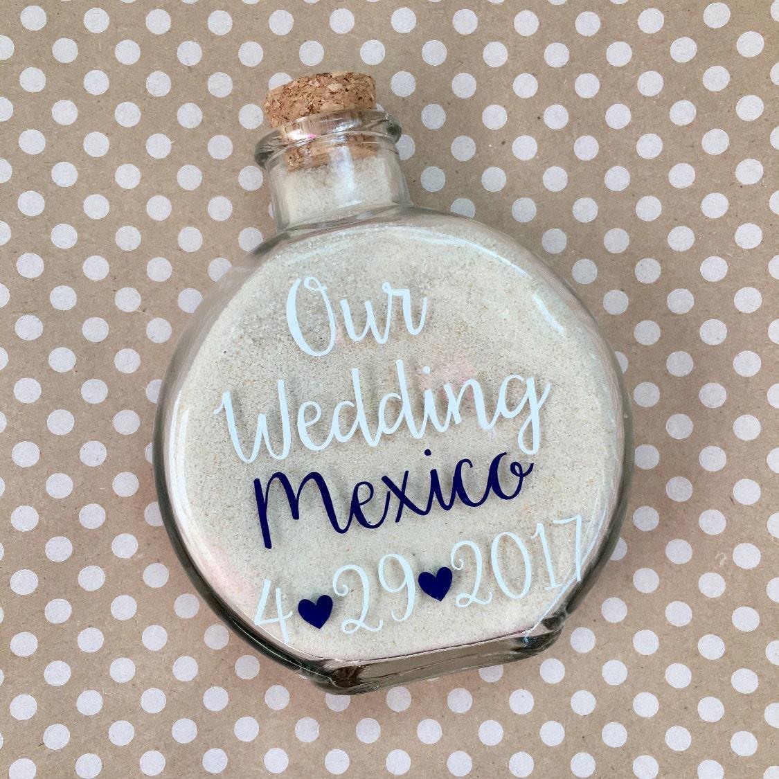 Destination Wedding Gift Ideas: Destination Wedding Sand Holder Keepsake//Destination Wedding