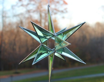 "3-D Beveled Green Cluster Star with Open Center Sun-catcher 13 1/2"" X 10 1/2"", Star, Beveled Star, Suncatcher"