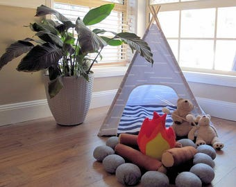 Felt Campfire, Pretend Play, Campfire Toy, Indoor Play, Montessori Toys, Waldorf Toys, Tee pee Tent