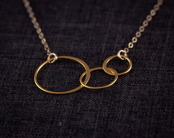 Three Generations Necklace, Interlocking Circles, Gold Plated, Eternity, Family, Past, Present, Future, Mother, Grandmother  Necklace,