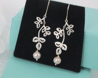 Freshwater Pearl and Matte Silver Leaves  Earrings