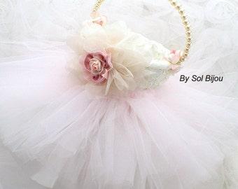 Flower Girl Basket, Ivory, Pink, Blush, Tutu Basket, Vintage Style, Elegant Wedding, Gatsby, Skirt, Lace, Tulle, Pearls, Pearl Handle