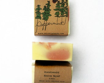 peppermint soap / small christmas gift / gift under 10 / homemade soap / natural soap / hand crafted soap / christmas / holiday / organic