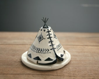 TeePee Incense Burner Holder, Handmade Ceramic, Black and White Boho Aztec Pattern, Bridesmaid Gift, Unique Bohemian Gift, Meditation Altar