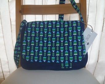 small shoulder Messenger handbag