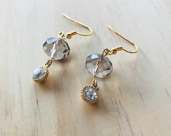 Classy dangle earrings