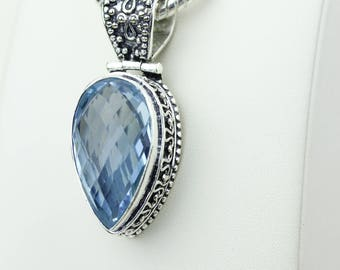 Classic Swiss Blue Topaz Facated Vintage Setting 925 S0LID Sterling Silver Pendant + 4MM Snake Chain & Worldwide Shipping p4222