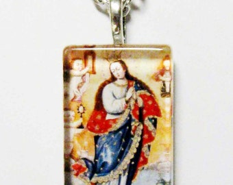 Immaculate conception pendant with chain - GP12-327 - Cusco school