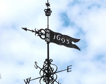 1693 WEATHER VANE, William and Mary College, Wren Building, Campus, American History,  Colonial Williamsburg,  Photograph