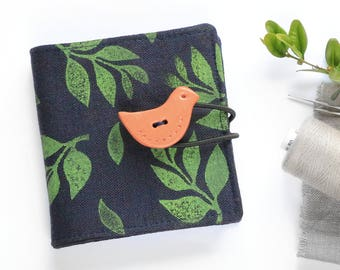 Linen Needle Book with bird button | Sewing Needle Case | Travel Sewing Kit | Sewing Supply | Needle Storage | Sewing Accessories