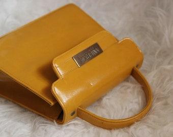 Vintage 70s Mustard Yellow Purse Handbag