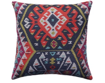 Kilim Pillow Cover, Tribal Throw Pillow, Aztec Pillow Cover, Boho Pillow - 11 SIZES - Longrock Fiesta Pillow Cover with Hidden Zipper