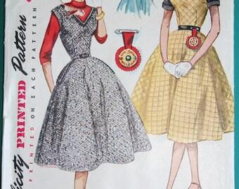 1952 Vintage Simplicity Dress Pattern