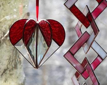 Stained Glass Heart Red, Valentine Gift, Valentine HeartRed Heart, Heart Suncatcher, Heart Ornament, Red Heart Suncatcher,Wedding Gift
