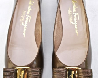 Ferragamo Women's Low Heel Flats/Women's Bronze Leather Flats Leather Bow and Brass Ctr Clasp/1980s Women's Shoes/Size 7-1/2 AAA Women Shoes