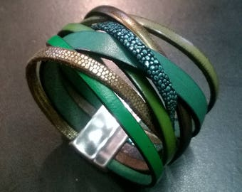 multi shades of green, silver magnetic clasp leather bracelet