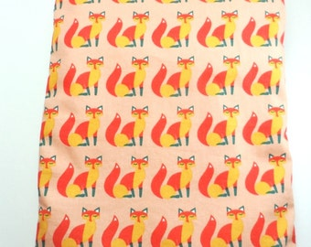 """Wet bag 6"""" x 9.5"""" approx. Ideal for Cloth Pads. PUL lined.Vixen foxes print."""