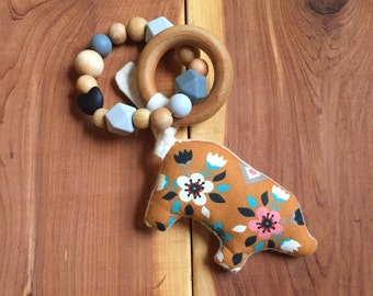 Little Critter Toy/Pig&Bear, Organic Teether, Silicone Teether, Baby Teether, Teething Toy, Bay Shower Gift