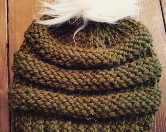 Knit slouchy toque