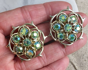 Sarah Coventry Signed Vintage Light Green Clip On Earrings, aurora borealis, floral, round