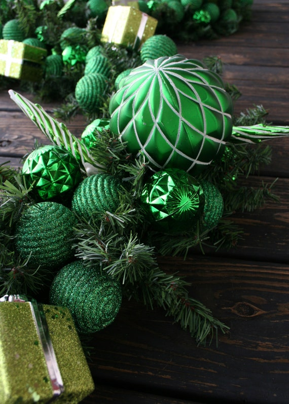 Christmas Garland, Holiday Garland, Mantel Garland, Fireplace Garland, Custom 9 Foot Pine Garland With Green Ornaments
